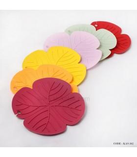 زیر قابلمه ای سیلیکونی طرح گل برکه