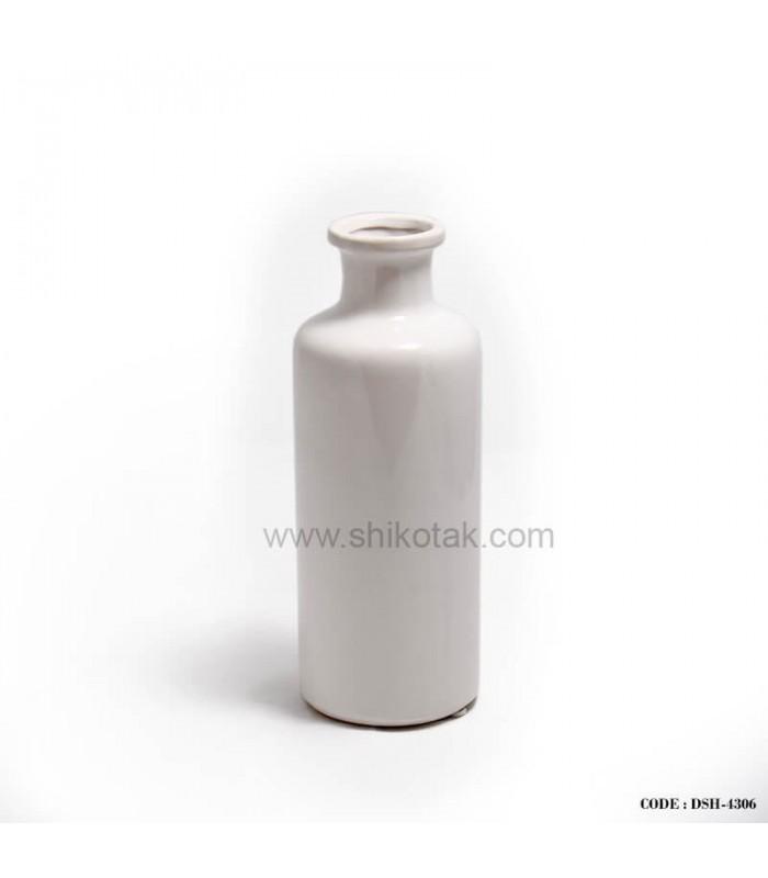 گلدان سفید طرح شیشه شیر
