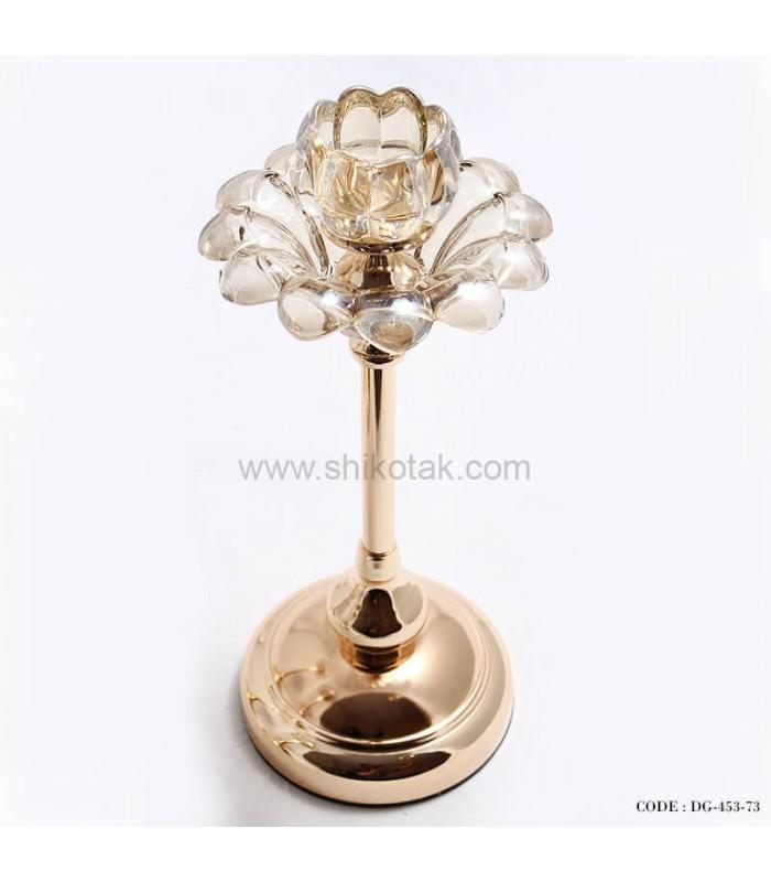 مدل شمعدان طلایی طرح گل لاله