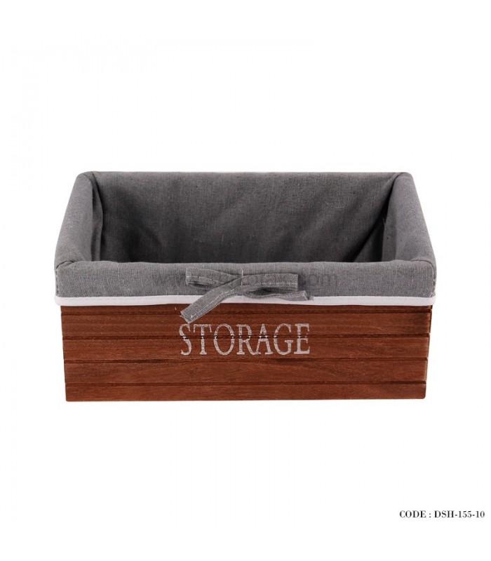 باکس لباس داخل کمد چوبی بزرگ