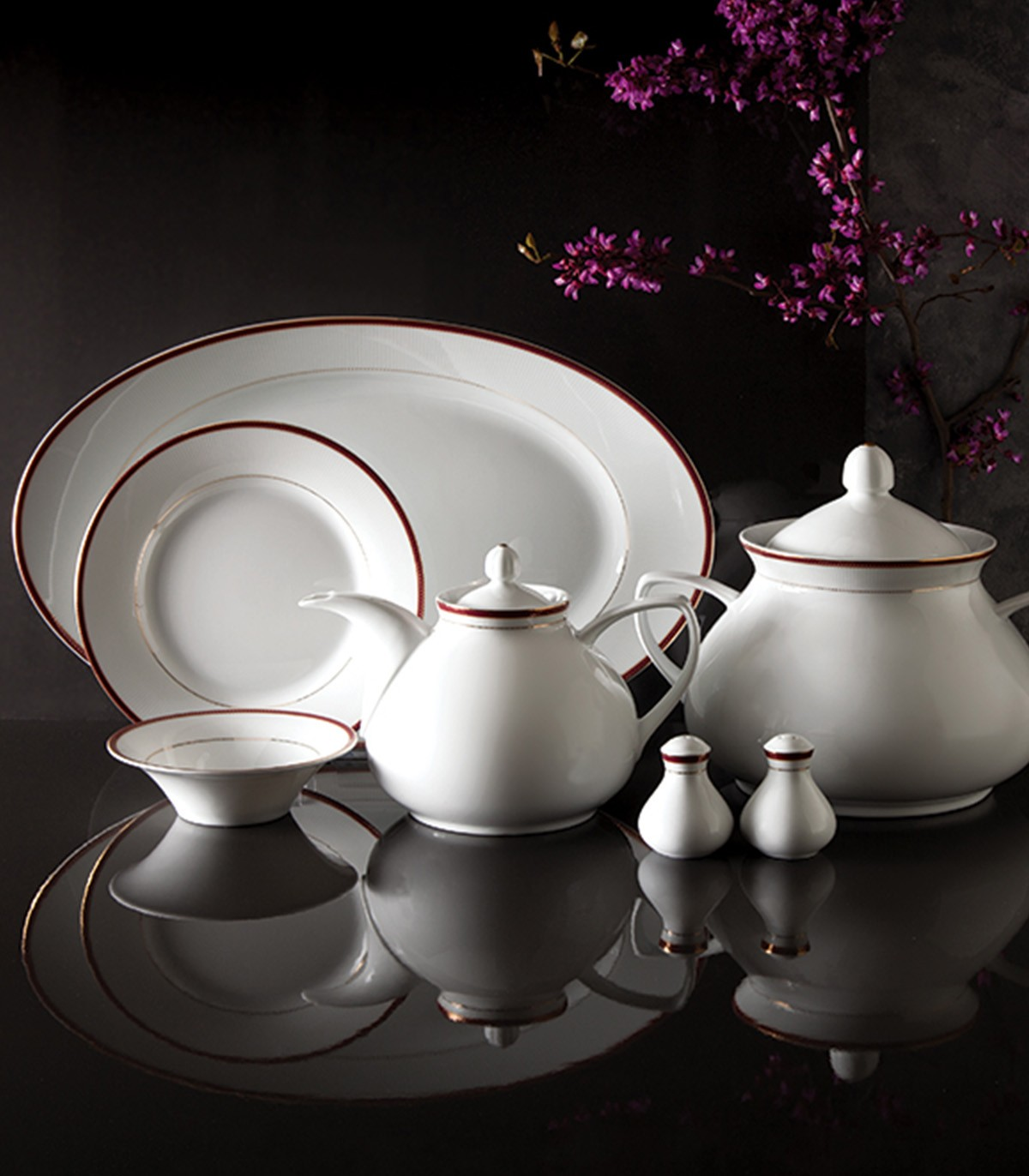 فروش سرویس چینی غذاخوری زرین 6 نفره مدل سپینود ارغوانی سری شهرزاد