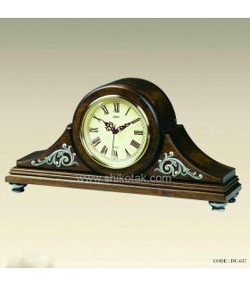 ساعت مدل قدیمی رومیزی
