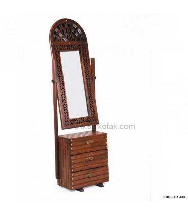 آینه قدی پایه دار سری 018A