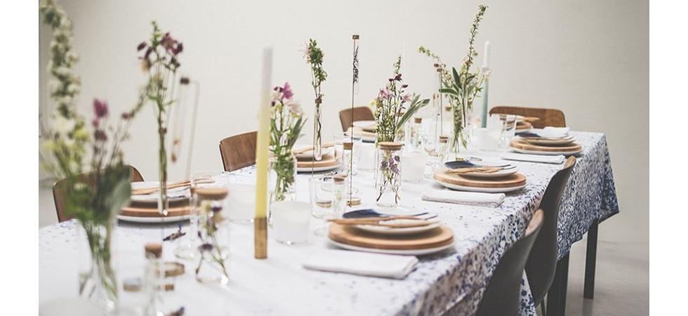 5 تکنیک ساده برای تزیین میز ناهار خوری عروس